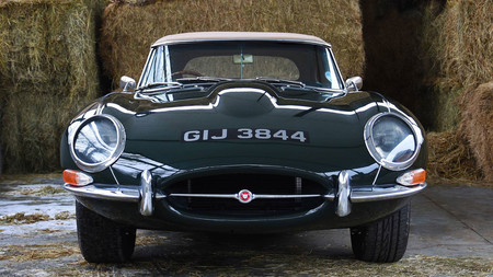 Jaguar E-Type 4.2 MKI restomod