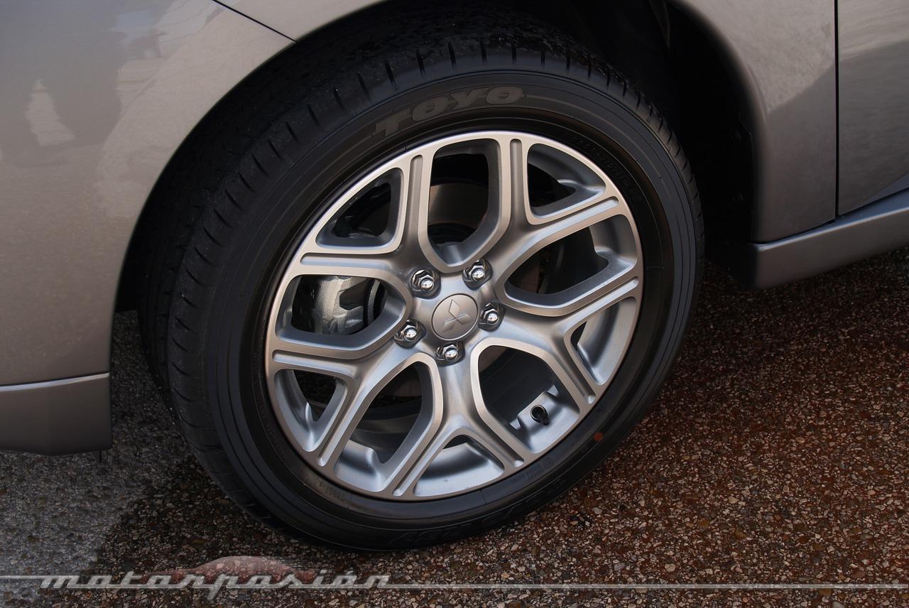 Foto de Mitsubishi Outlander PHEV (toma de contacto) (23/27)