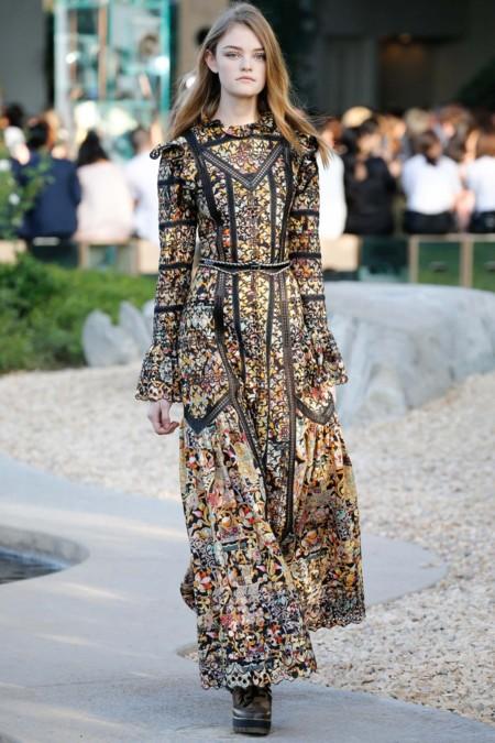 Willow Hand Modelo Prada Louis Vuitton 3