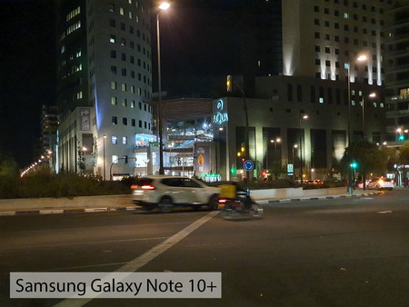 Samsung Galaxy Note 10plus Zoom Noche
