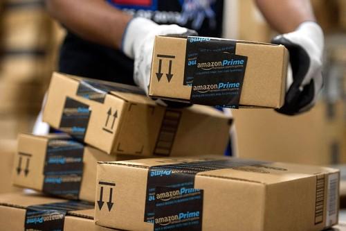 Cómo comprar en Amazon sin tarjeta: estancos, kioscos y vendedores de la Once son la solución