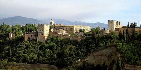 Llegar a pie hasta la Alhambra