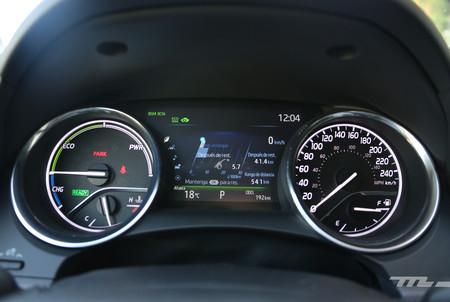 Toyota Camry Hybrid 10