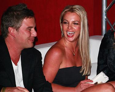 ¡A Britney Spears le han puesto los cuernos!