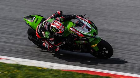 Jonathan Rea y su nueva Kawasaki Ninja ZX-10RR dominan los test de Superbikes con cinco marcas en el 'top six'