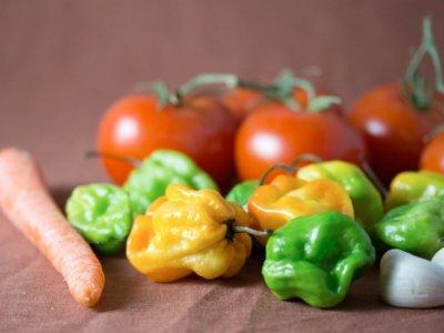 Vegetales fritos con aceite de oliva, ¿mejor que cocidos?