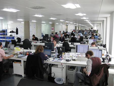 ¿Es importante la forma en la que ubicar a los trabajadores en la oficina?