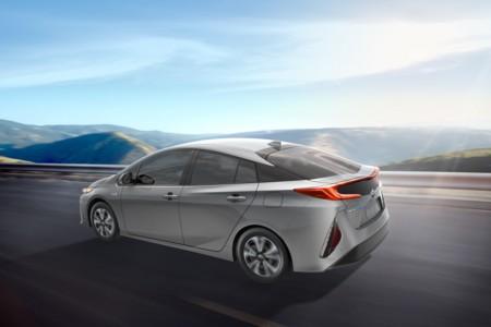 2017 Toyota Prius Prime 04 F64c6364d93ada47a176eec31f97996d849e6212