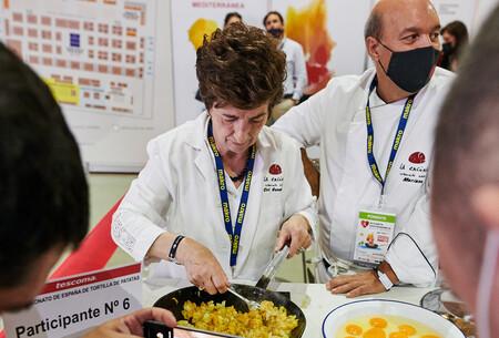 Los secretos para hacer la mejor tortilla de patatas según la palentina Ciri González, cuatro veces ganadora del Campeonato de España