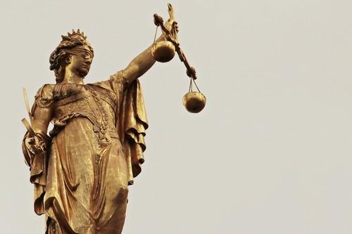 En qué consiste el Consejo Asesor de contenido de Facebook, el 'tribunal' que decide sobre los contenidos de Facebook e Instagram