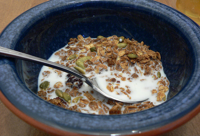 Leche con cereales y frutos secos