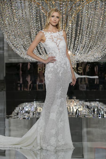 Pronovias Ny Fashion Show Romina 3