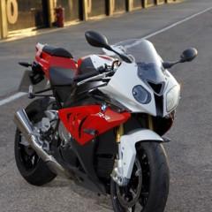 Foto 35 de 145 de la galería bmw-s1000rr-version-2012-siguendo-la-linea-marcada en Motorpasion Moto