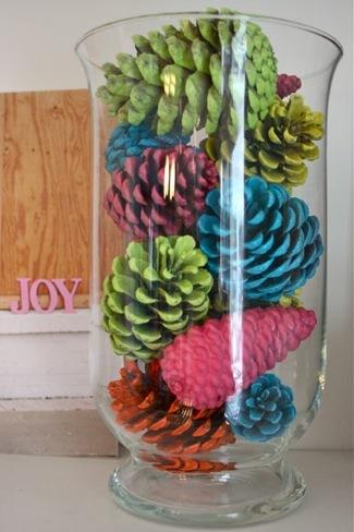 Piñas de colores para decorar en Navidad
