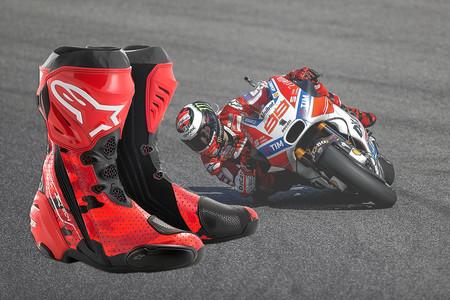 Look espartano por 450 euros, así son las botas de coleccionista Alpinestars 99 Camo Supertech R