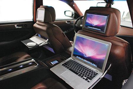 Hyundai Genesis para el SEMA Show cargado de gadgets de Apple
