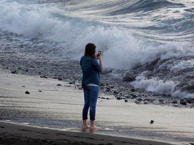 ¿Llevar el smartphone a la playa? Claramente en contra