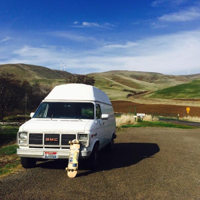 """Un joven de Portland ofreció su furgoneta como un """"albergue sobre ruedas"""" a más de 50 personas"""