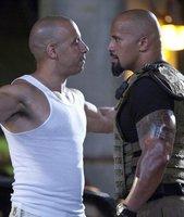 Vin Diesel contra Dwayne Johnson, primera imagen de 'Fast Five'