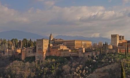 La Alhambra de Granada se corona de nuevo como el monumento más visitado de España