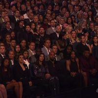 Duelo de Atelier (Versace): Caitlyn Jenner se enfrenta a Angelina Jolie