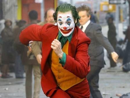 """'Joker' supera los 1.000 millones de recaudación y se convierte en la primera película calificada """"R"""" en conseguirlo"""