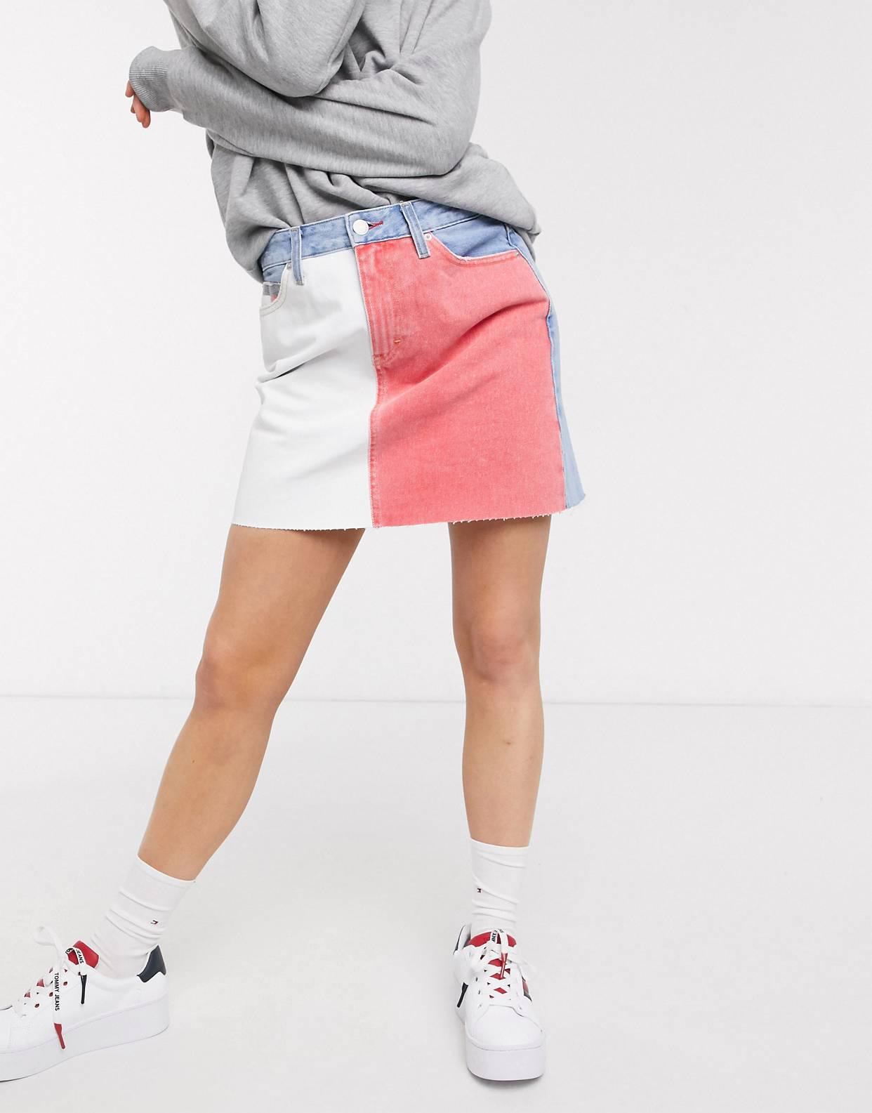 Minifalda denim con diseño colour block en multicolor de Tommy Jeans