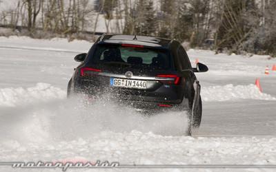 Opel Winter 4x4, conducción en nieve en los Alpes austríacos
