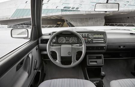 Volkswagen 2 Interior