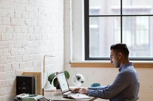 La nueva Ley del teletrabajo, explicada: todos los cambios que prepara el Gobierno para regular el trabajo a distancia