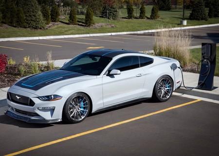 El Ford Mustang podría usar un V8 híbrido, tracción AWD y la plataforma del Explorer en su siguiente generación