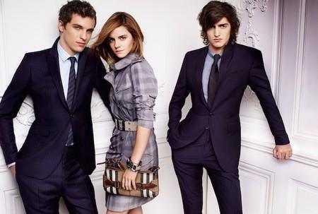 Adivina adivinanza... ¿cuántos pares de zapatos tiene Emma Watson en su armario?