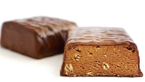 Barritas proteicas caseras de chocolate y almendras