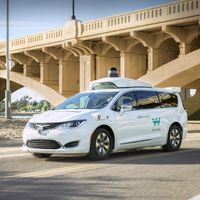 Waymo avisa a sus pasajeros: pronto comenzará a hacer trayectos sin el conductor de seguridad