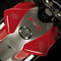 Foto 4 de 8 de la galería mv-agusta-brutale-1090rr-y-990rr-modelos-2010 en Motorpasion Moto