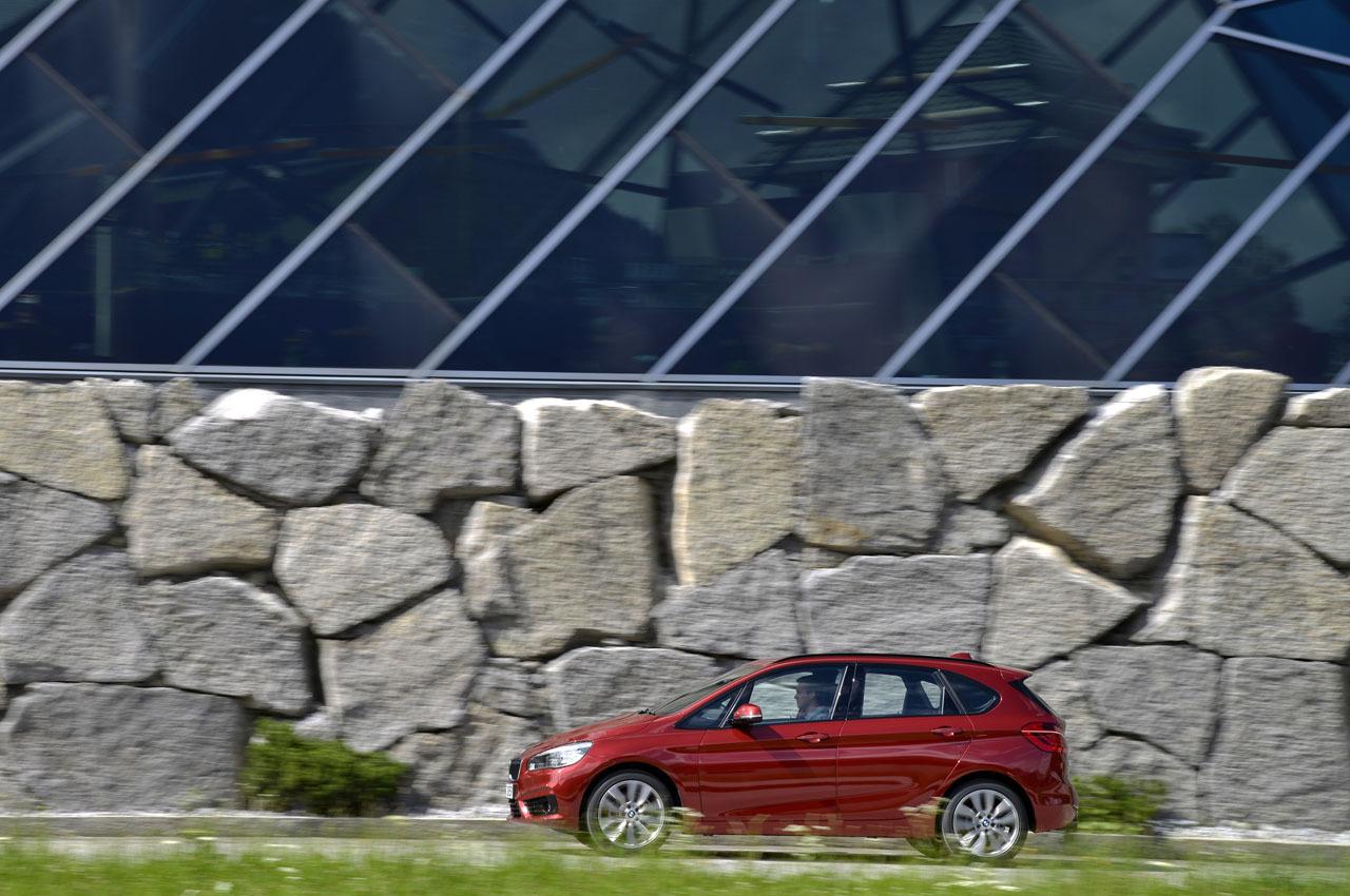 Foto de BMW Serie 2 Active Tourer, presentación (19/53)