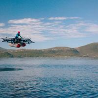 El coche volador en el que ha invertido Larry Page tiene poco de coche, pero volar, desde luego, vuela