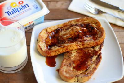 Tostadas francesas para el desayuno. Receta con Tulipán