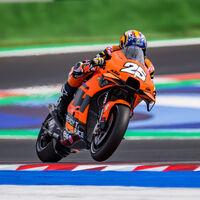 El contrato de Raúl Fernández con KTM para subir a MotoGP podría no estar cerrado aún y la opción de Yamaha renace
