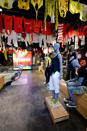Desigual inaugura su primera tienda en Londres