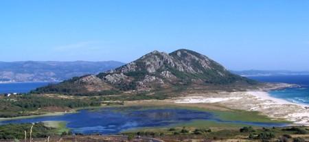 Monte Louro Playa Do Ancoradoiro Y Lagoa Das Xarfas Muros Tierra