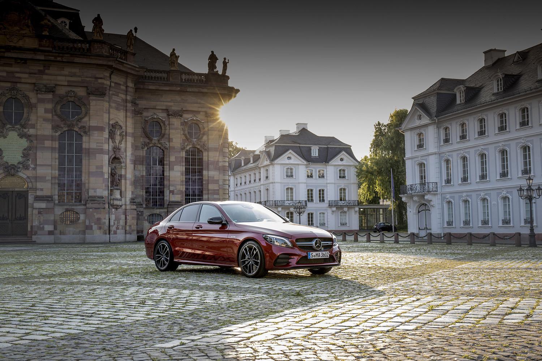 Foto de Mercedes-Benz Clase C 2018, toma de contacto (182/255)