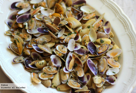 Coquinas a la marinera, la receta rápida con sabor a veraneo