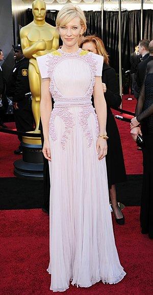 El mejor vestido de la Alfombra Roja de los Oscar: elige tu favorito