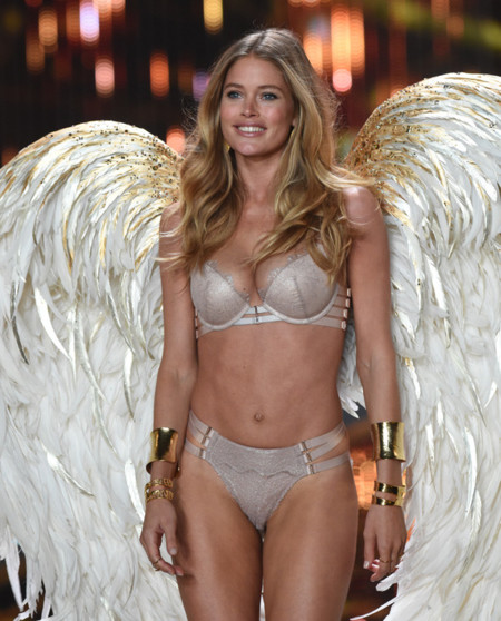 Doutzen Kroes Victorias Secret Fashion Show 2014
