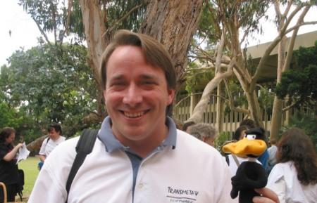 """""""El MacBook Air está adelantado a su tiempo"""": Curiosidades de la entrevista más reciente a Linus Torvalds"""
