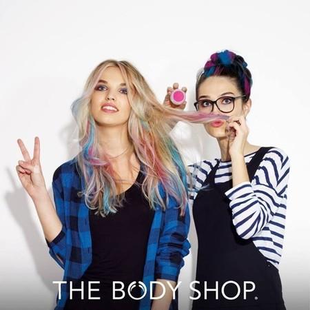 Esta primavera pongamos color a nuestro pelo con las tizas de The Body Shop