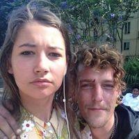 Harta de que la siguieran por la calle, esta joven holandesa decidió hacerse un selfie con cada acosador (y subirlos a Instagram)