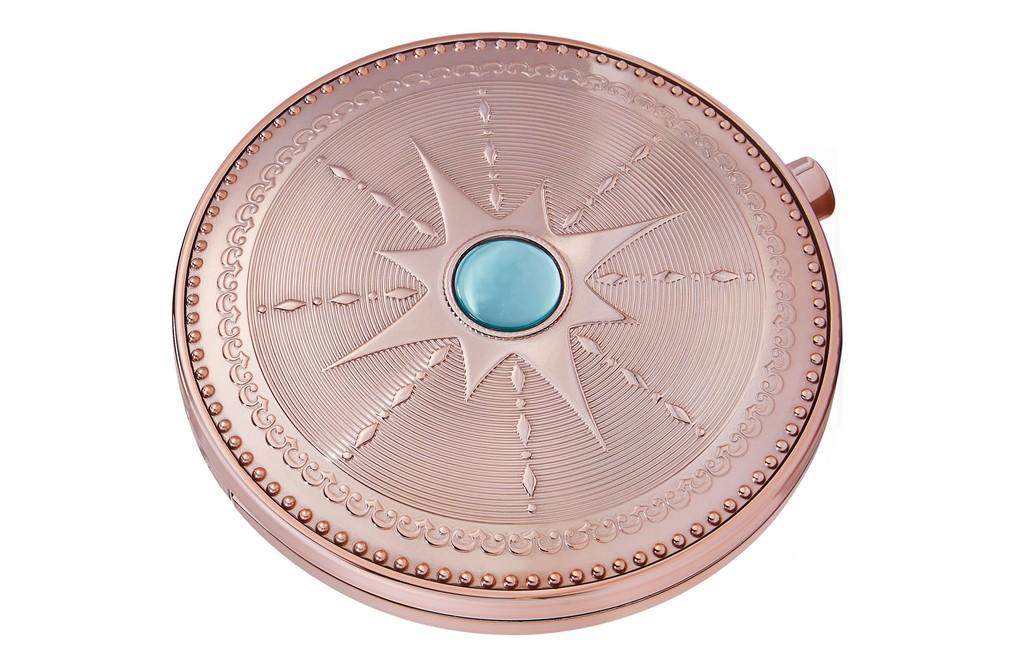 Bronze Goddess, la nueva colección de Estée Lauder nos hace soñar con un veranillo en tonos azules y pieles luminosas
