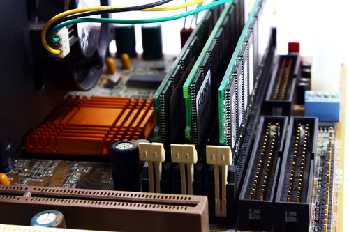 La megaguía para construirte un PC desde cero en 2020: la memoria principal